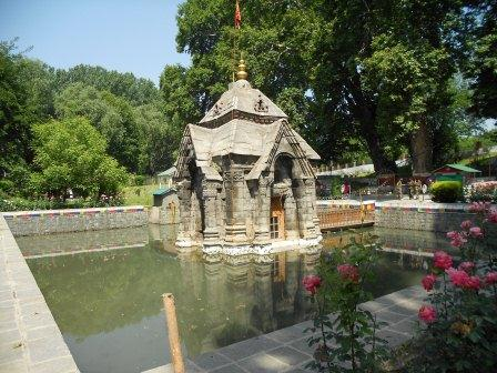 srinagar hindu singles Temples of jammu & kashmir for ages, it is believed from the mythological srinagar this is the hill the shankaragaurishvara temple is dedicated to the hindu.
