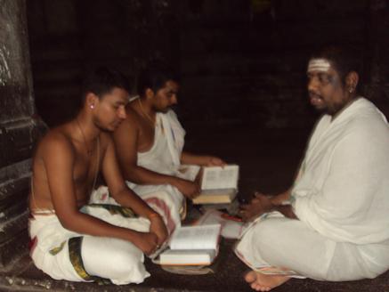 Atharvana vedam in tamil