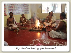 Agnihotra being performed