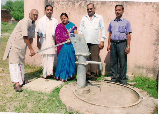 Ayodhya Kanchi Matham - Activities - Borewell